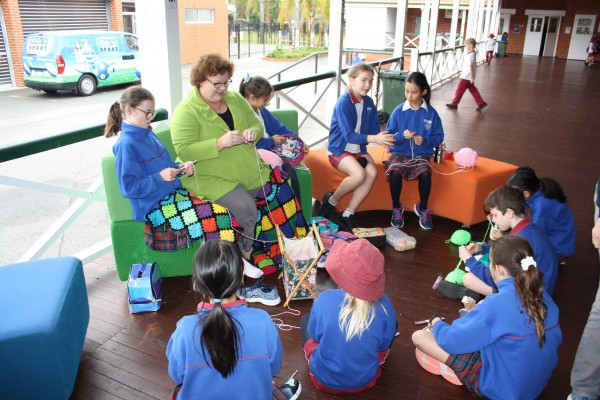 Dalkeith Primary students learning knitting
